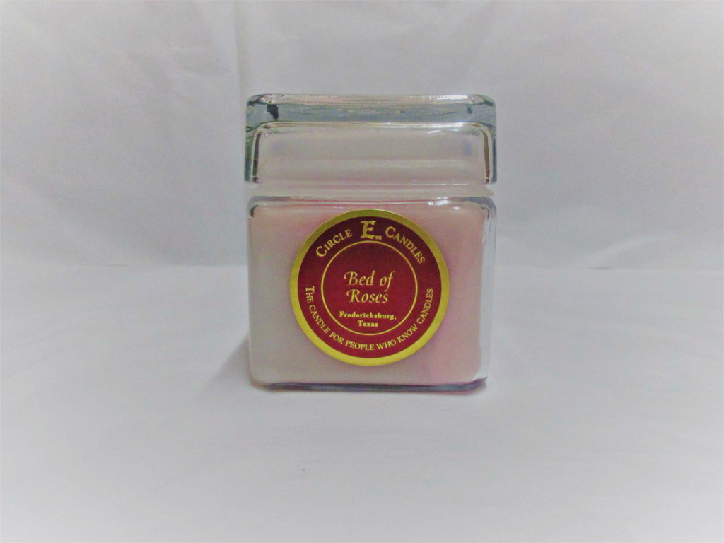 Circle E Candle, Bed of Roses, 12 oz.