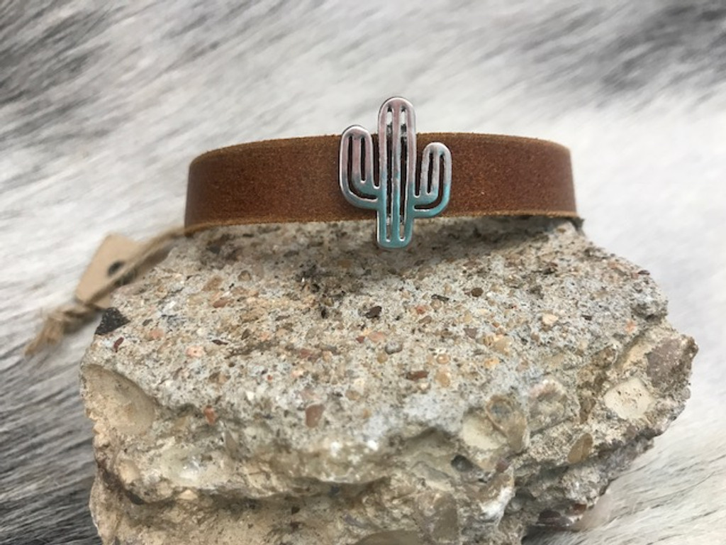 Most Wanted USA Bracelet, Leather with Cactus Charm
