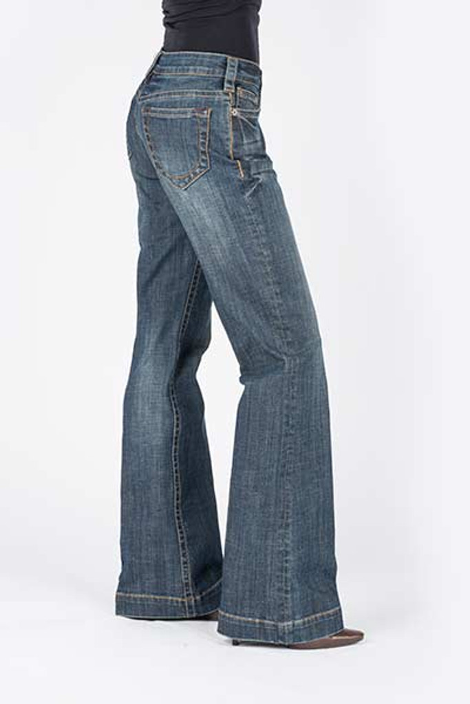 Women's Stetson Jean, Trouser Fit, Medium Wash, Stitched Circle on Pocket