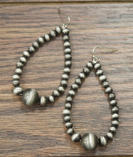 Isac Trading Navajo Pearl Teardrop with Large Navajo Bead