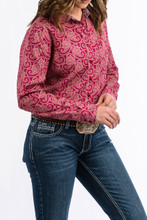 Women's Cinch L/S, Burgundy Paisley Print