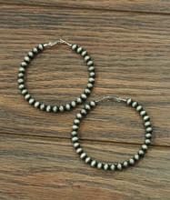 Isac Trading Earrings, Navajo Pearl Hoop