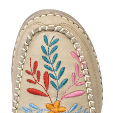 Women's Cinch Shoe, Embroidered Boat Style