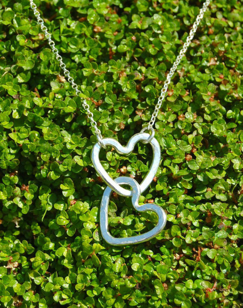 Sterling silver Intertwined hearts pendant