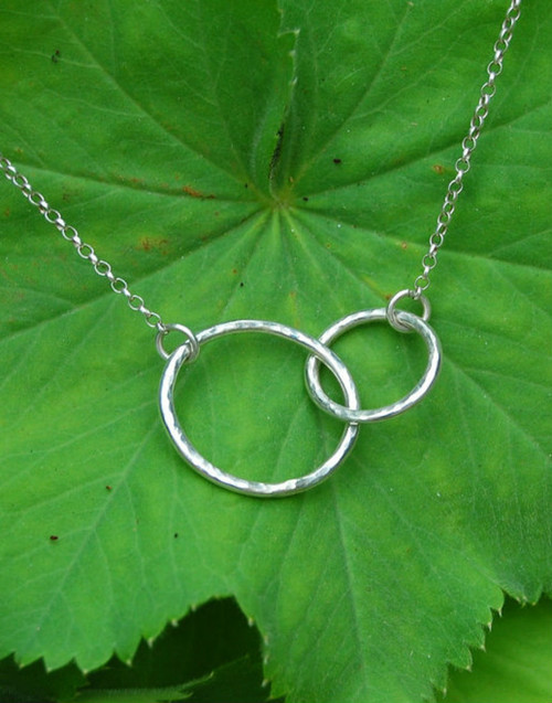 Sterling silver linked circles necklace