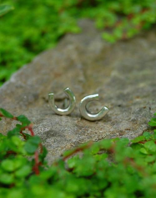 Elegant horseshoe earrings perfect for everyday wear
