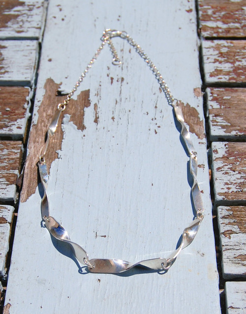 Ripple silver necklace