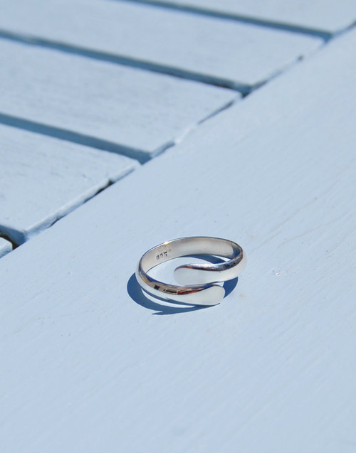 Modern and contemporary expandable ring