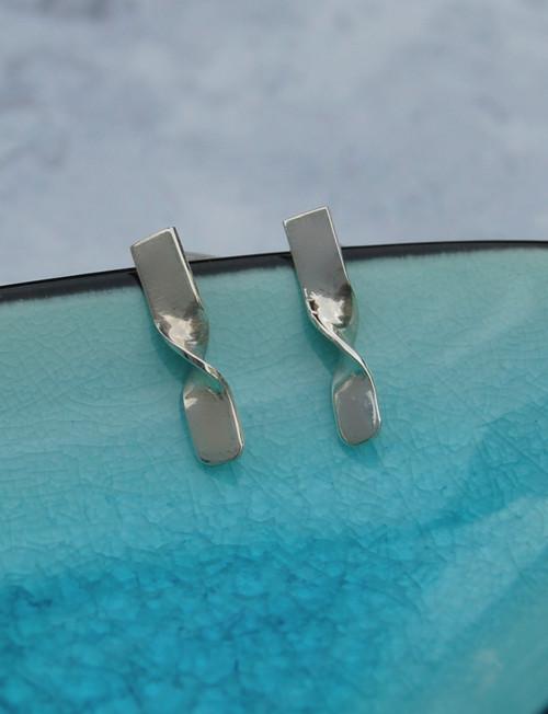 Sterling silver Ripple stud earrings - elegant and stylish