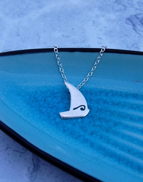 Sterling silver sail boat necklace