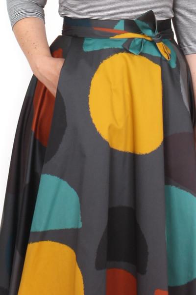 Every Body Valentina Skirt Midi Mod Spots