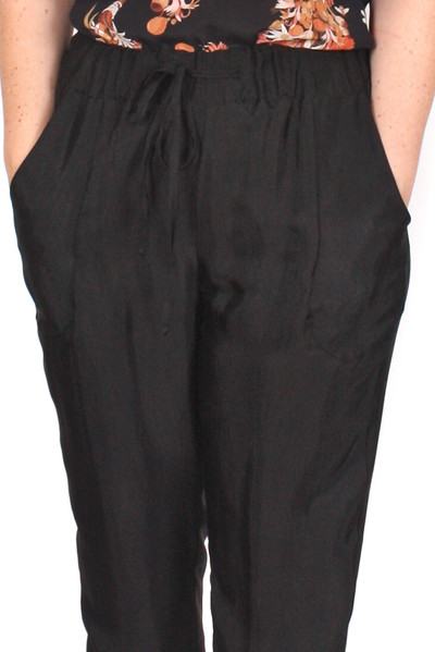 Every Day Peta Pants Astrid Black