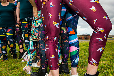 Every Body Active Lane Leggings Bees