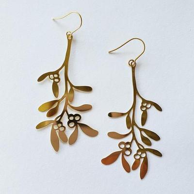 Mistletoe Gold Dangles