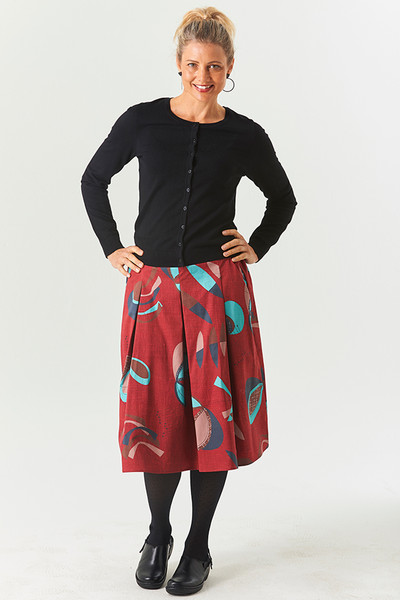 Pleat Skirt Fifty Red