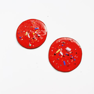red speckle studs