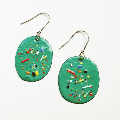 spruce speckle dangles