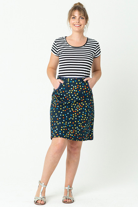 Avril Skirt Short Squares Navy