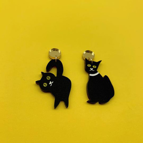 Gertrude and Graham Dangles