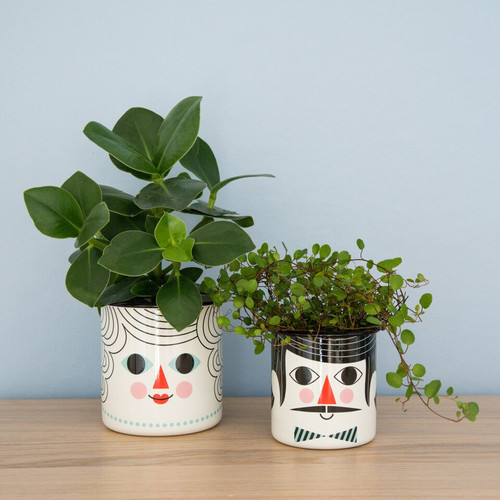 Flower Pot Couple set of 2.