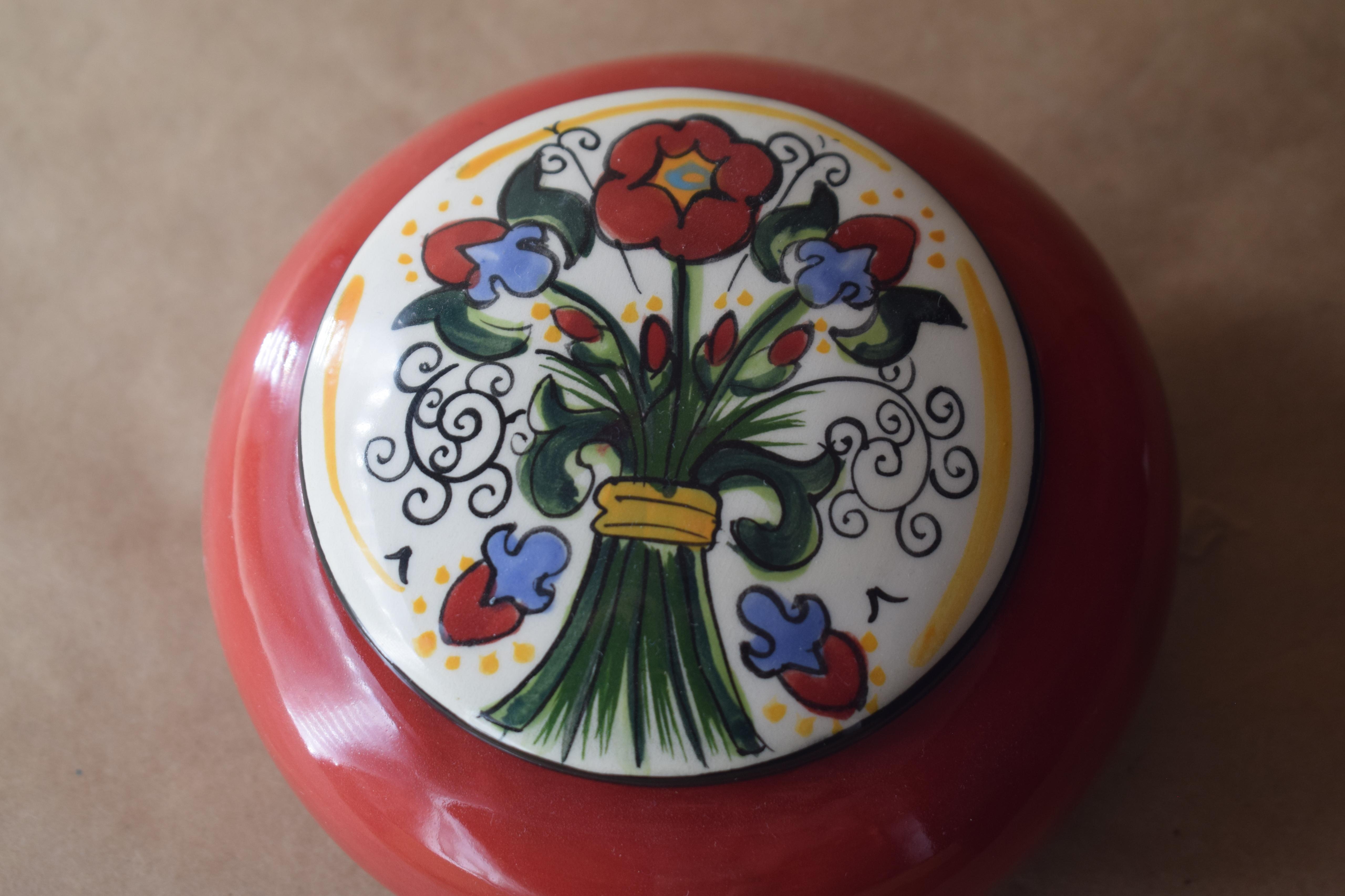 "(RB27-VR) 5"" Round Box- Venetian Red"