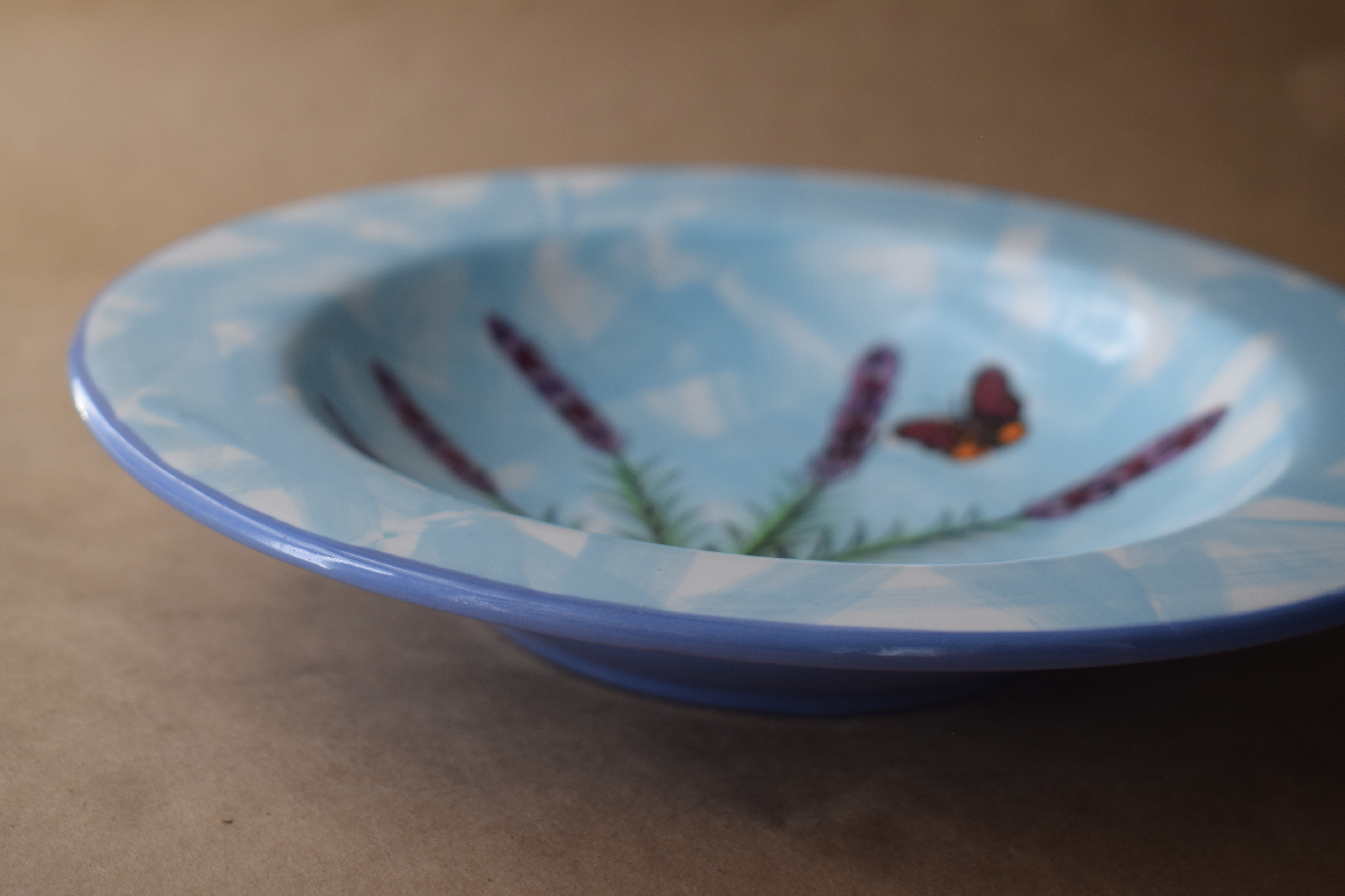 "9"" Rimmed Bowl- English Lavender"