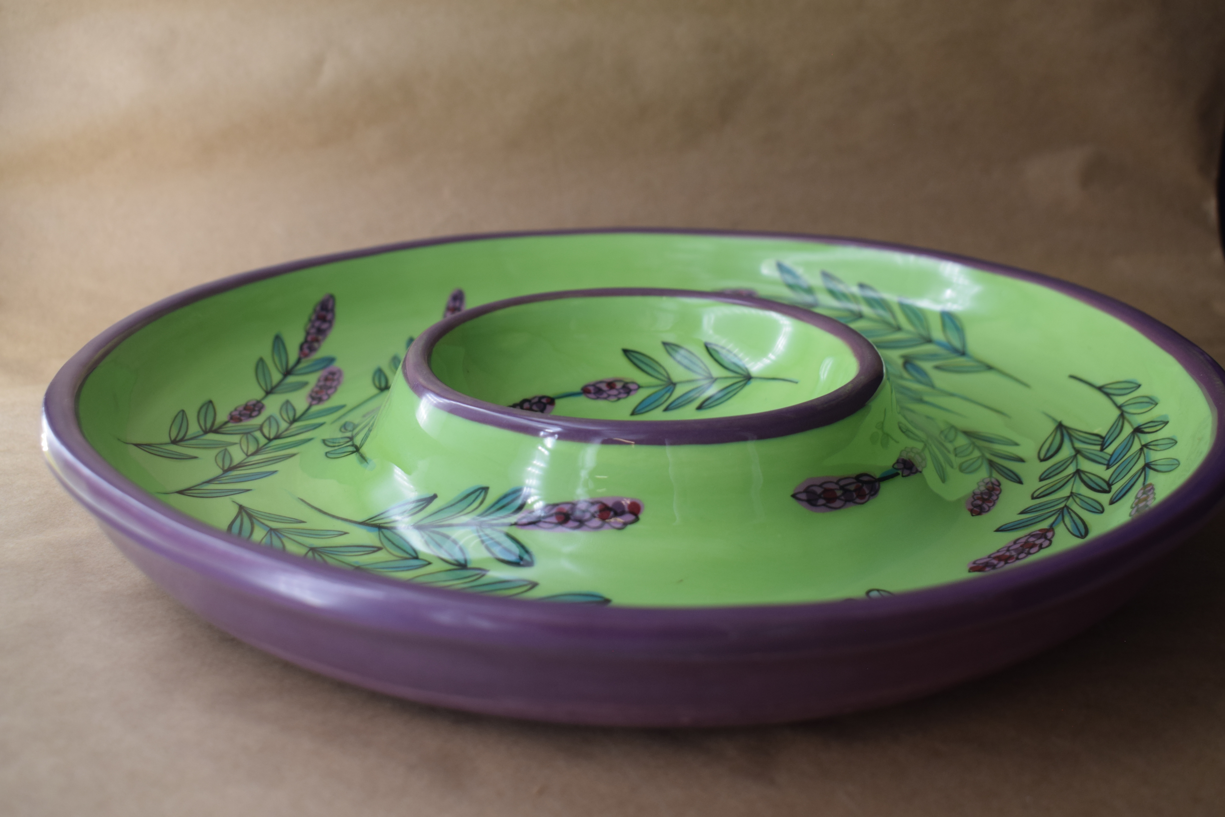 (CD11-GLD) Chip and Dip- Green Lavender with Dragonfly