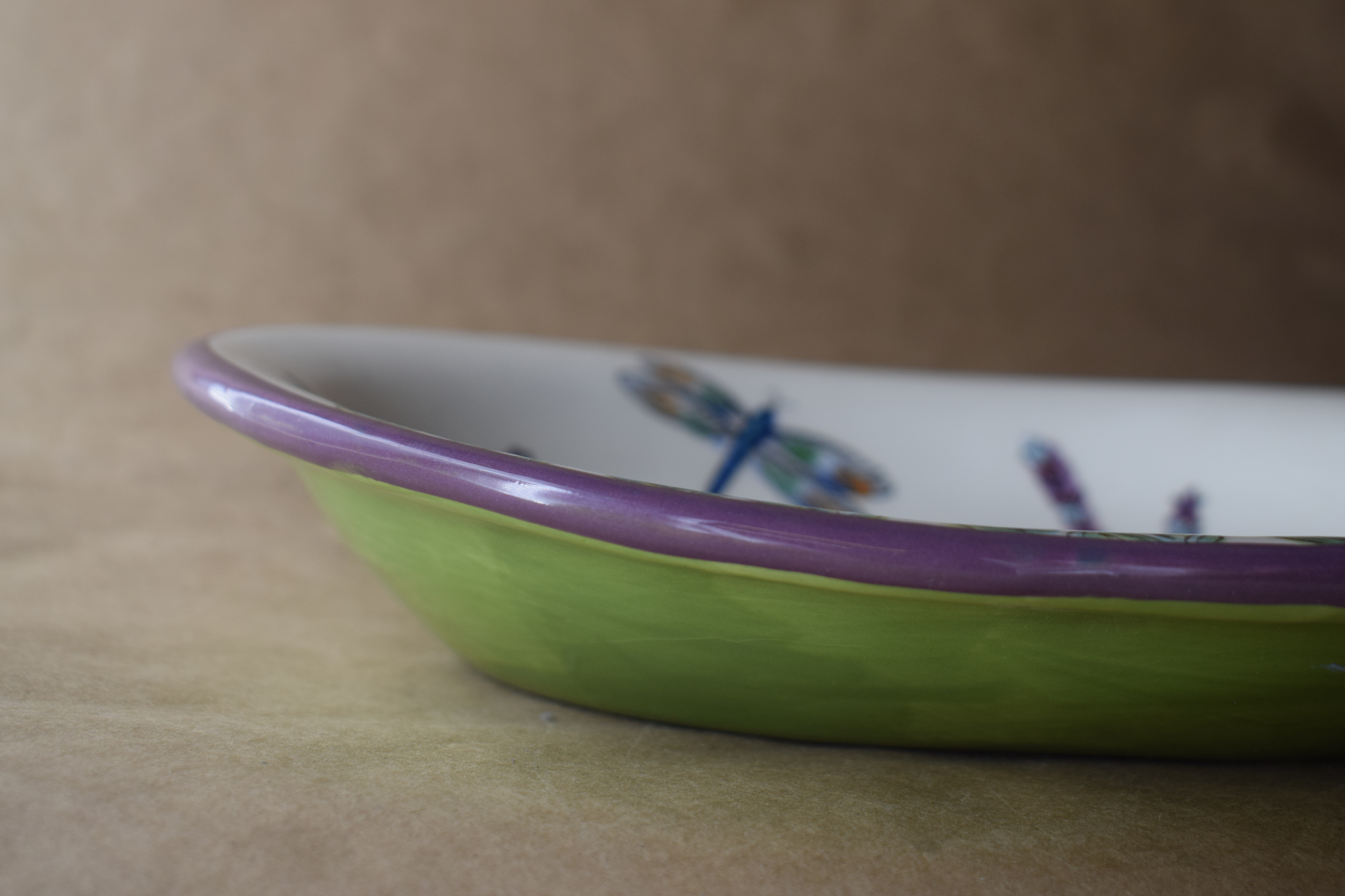 "(CP20-WLD) 10"" Oval Casserole- White Lavender with Dragonfly"