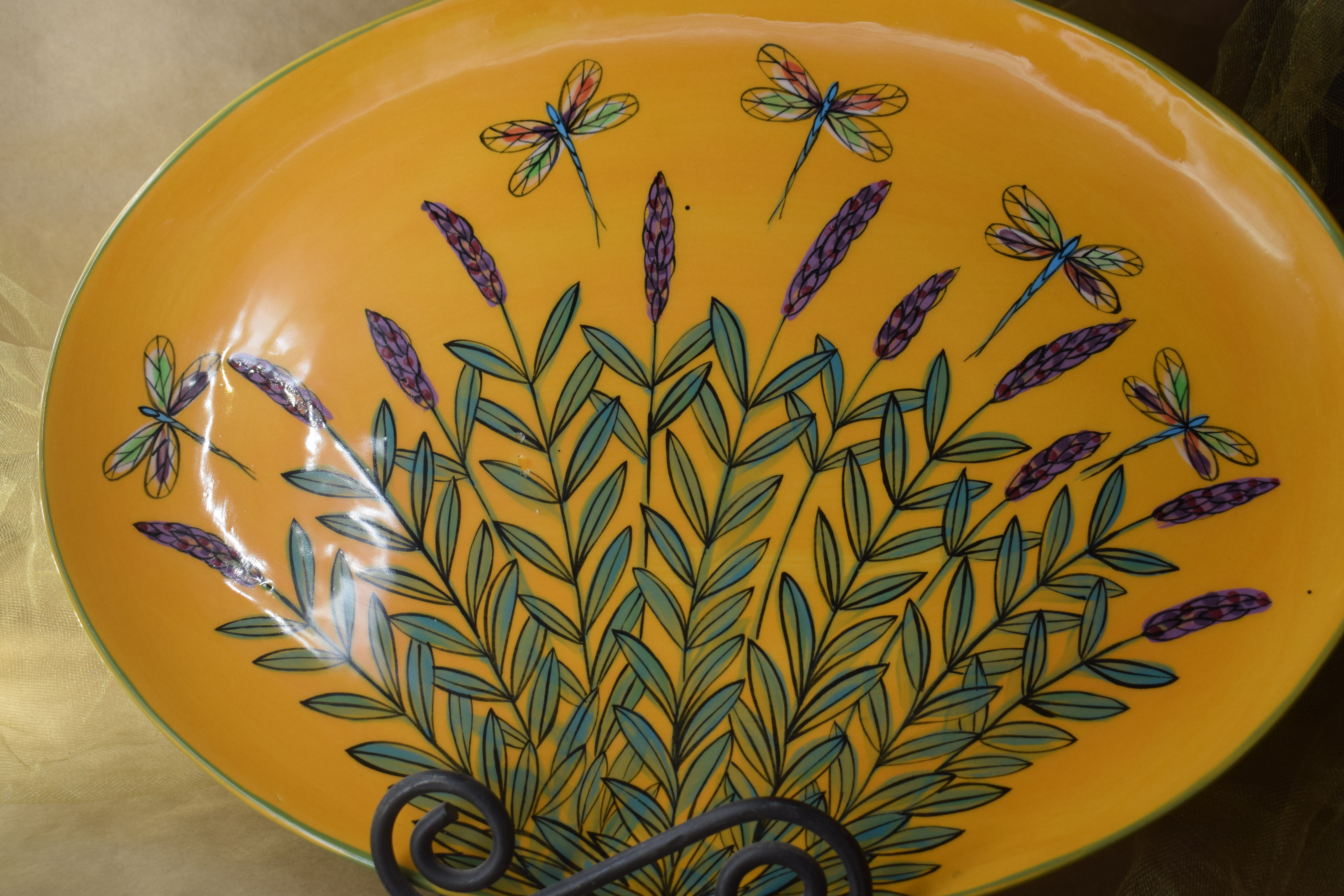 """15"""" Oval Platter-Yellow Lavender with Dragonfly"""