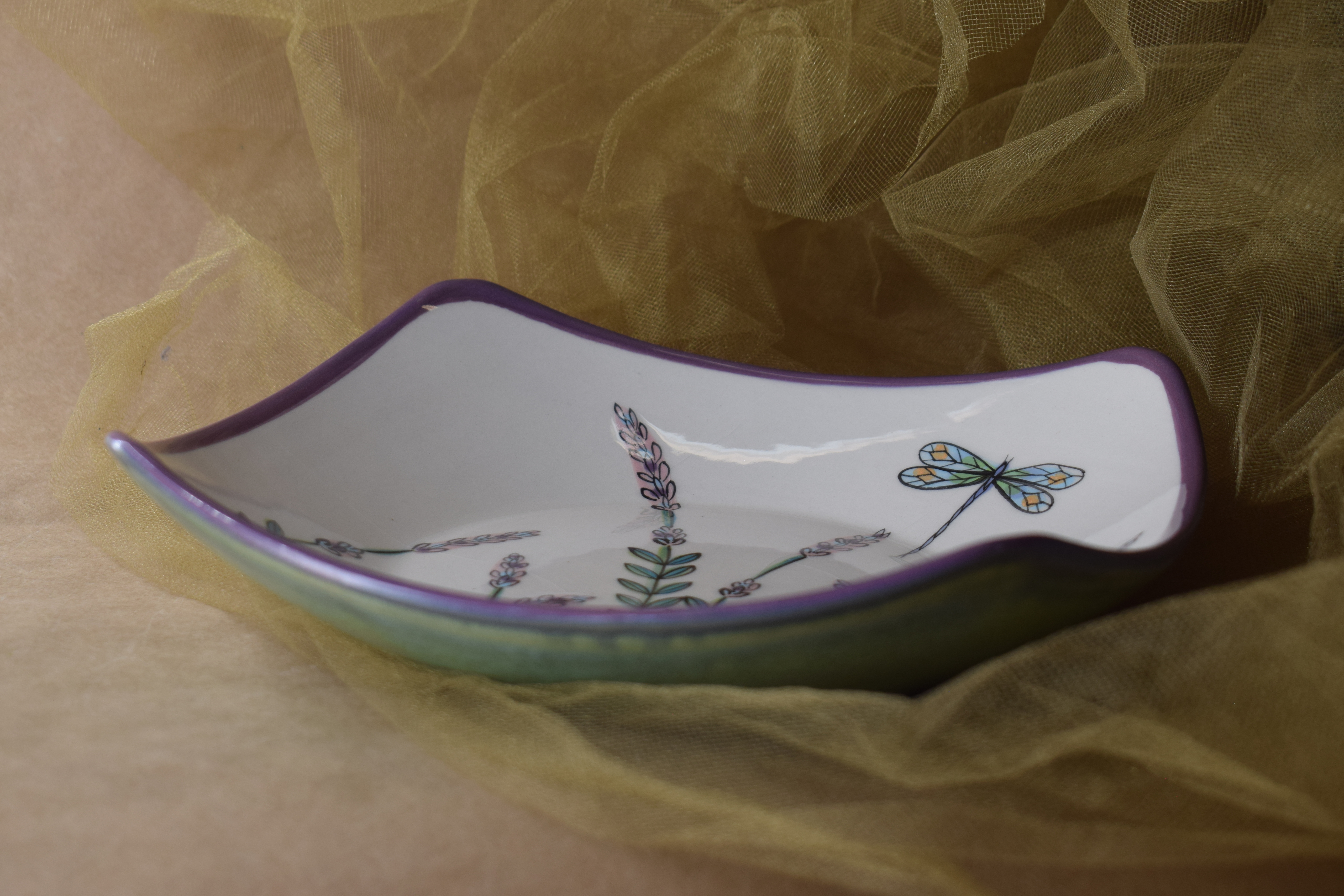 """(PCB08-WLD) 8"""" Pointed Corner Bowl- White Lavender with Dragonfly"""