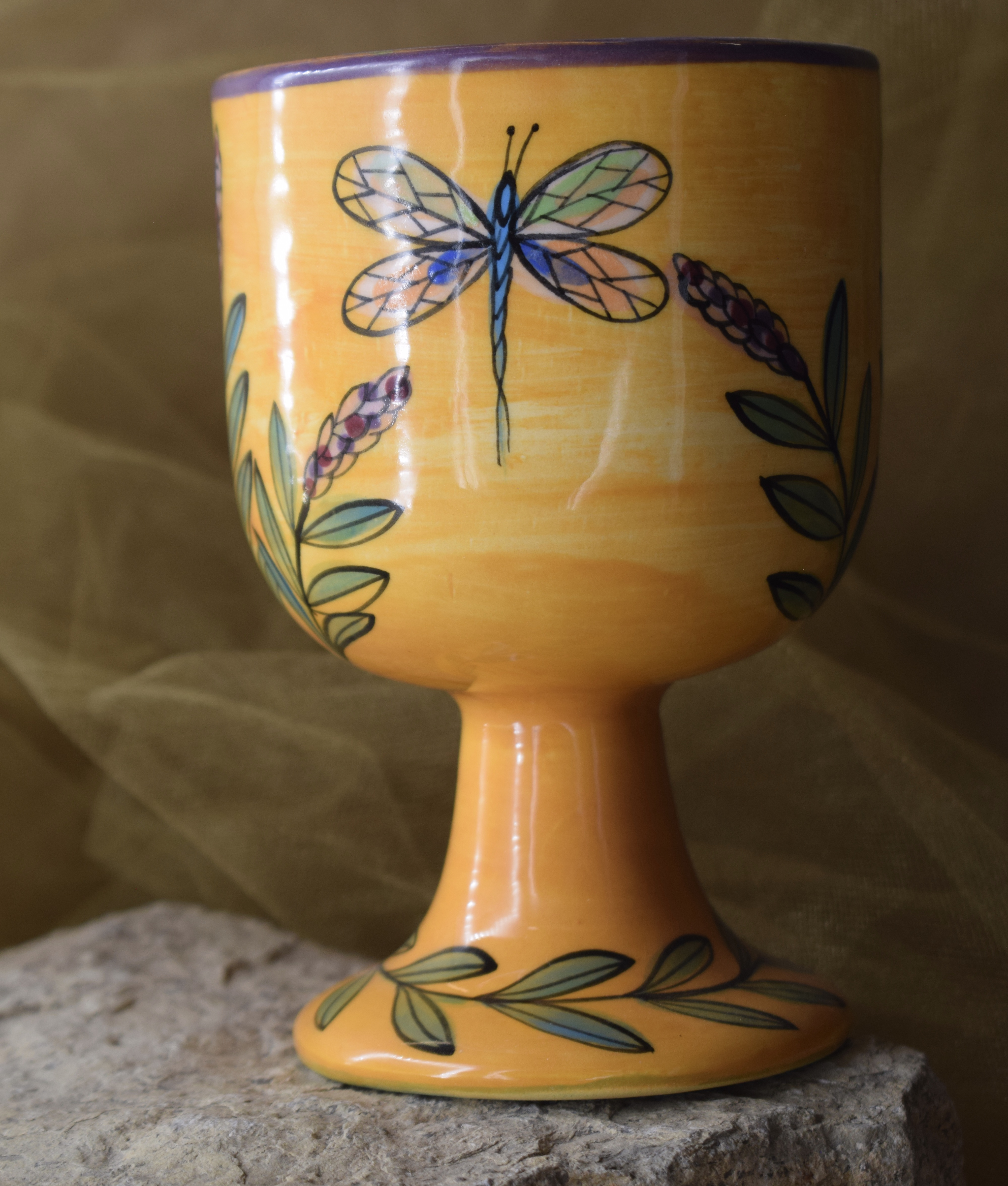 (GB07-YLD) 10oz. Goblet- Yellow Lavender with Dragonfly