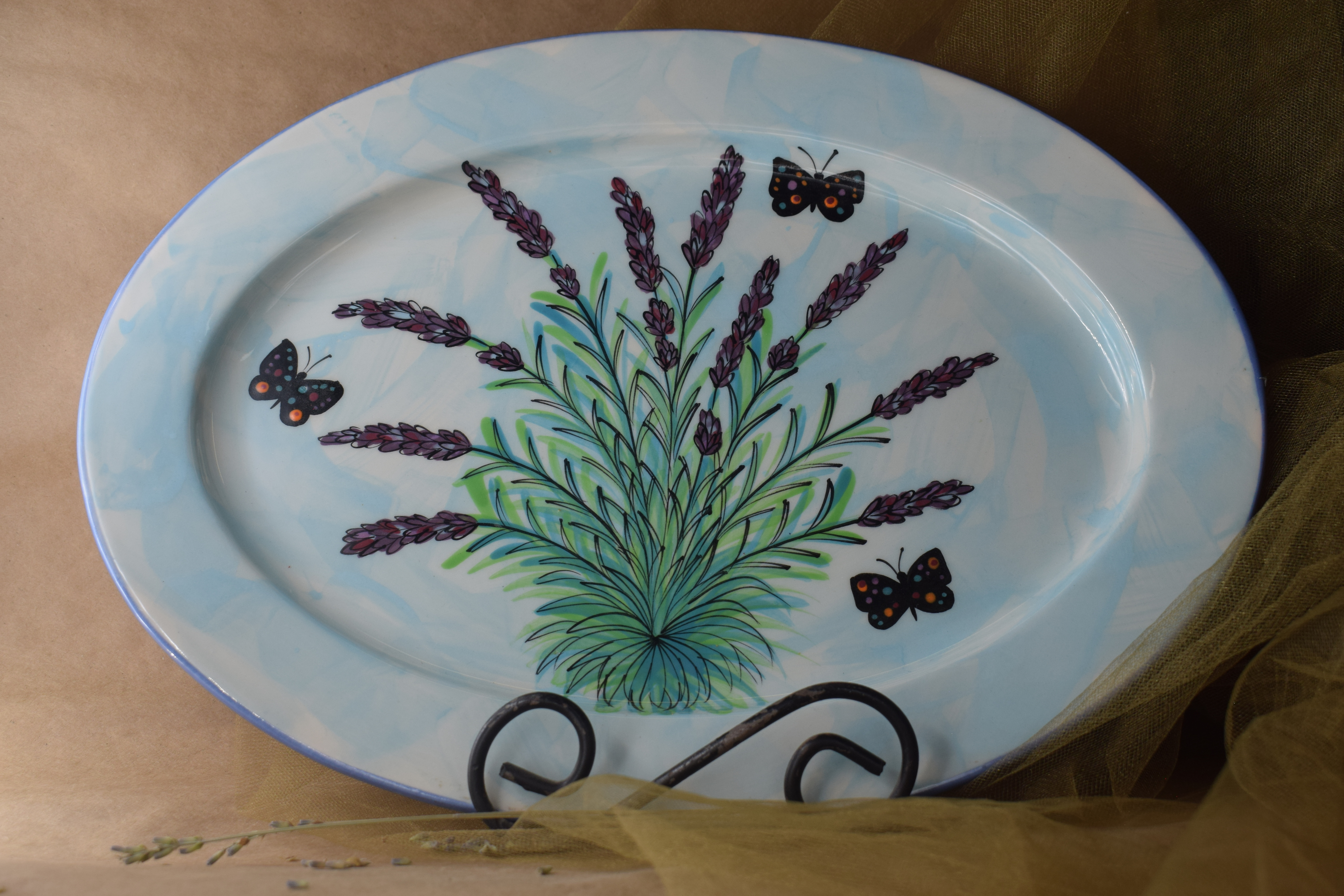 "(OP15-RIM-EL) 15"" Oval Platter with Rim- English Lavender"