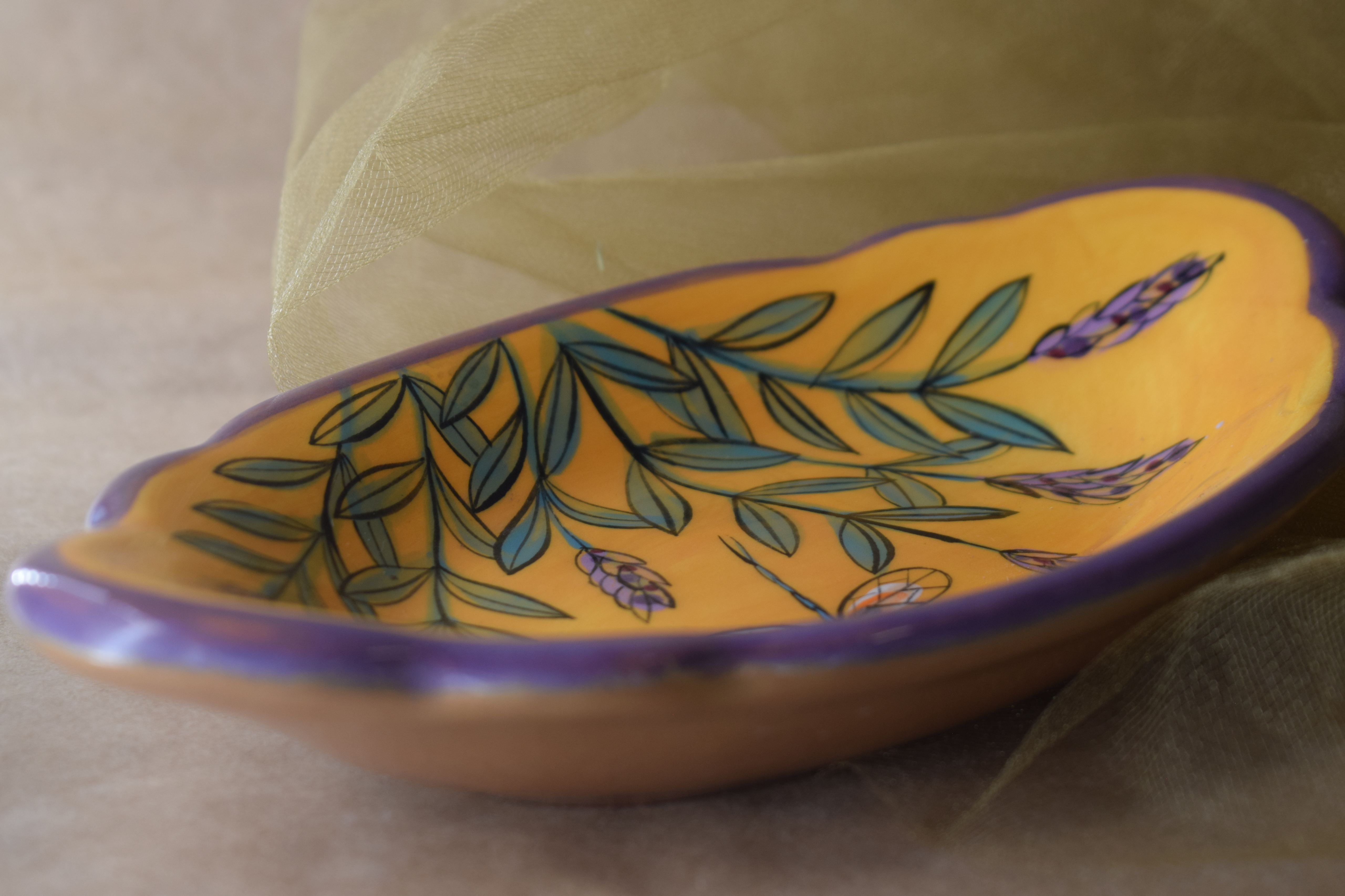 """(RF08-YLD) 8""""x5"""" Queso Fundido Plate-Yellow Lavender with Dragonfly"""