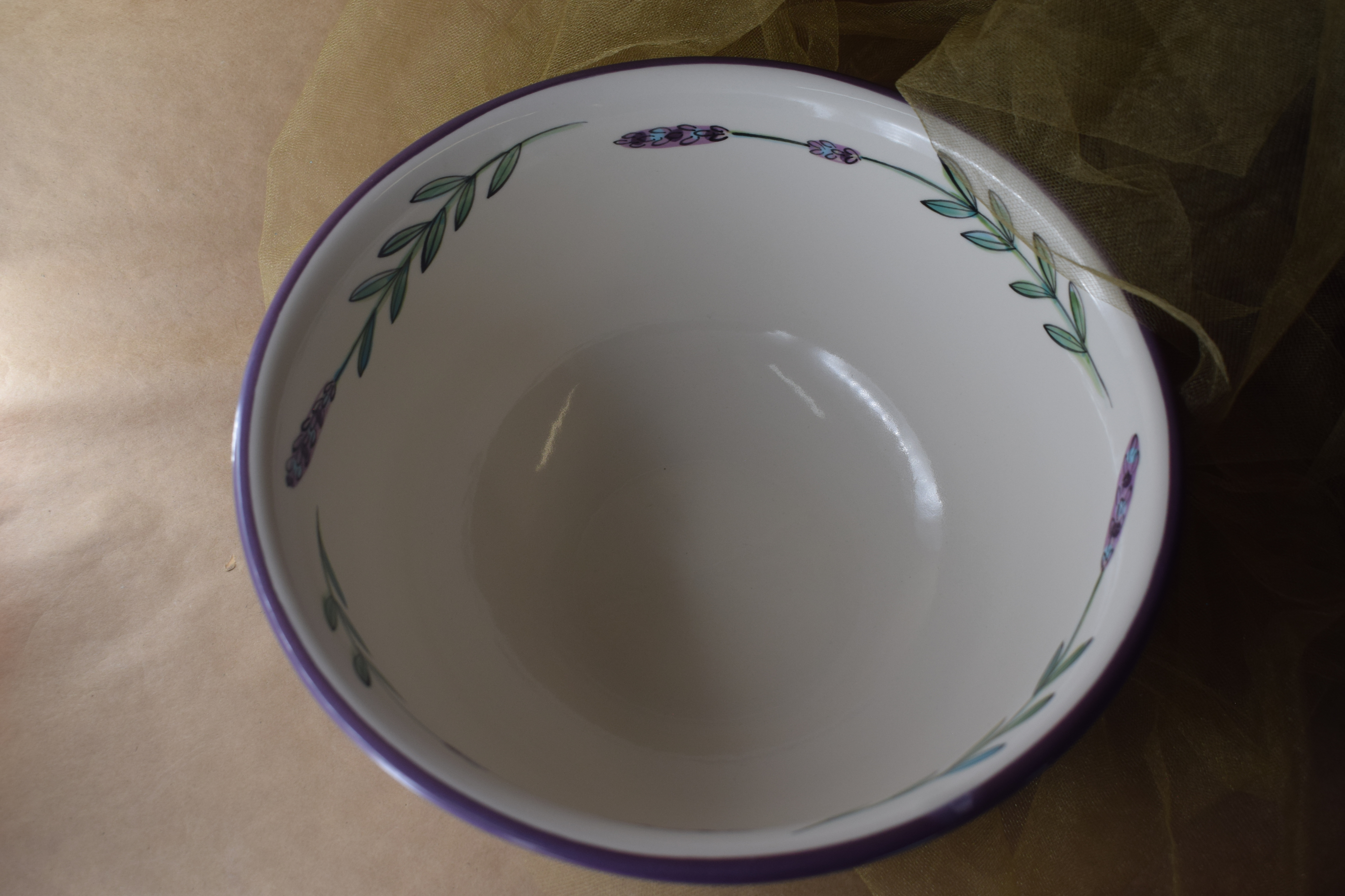 """(DB10-WLD) 10.5"""" Deep Bowl- White Lavender with Dragonfly"""