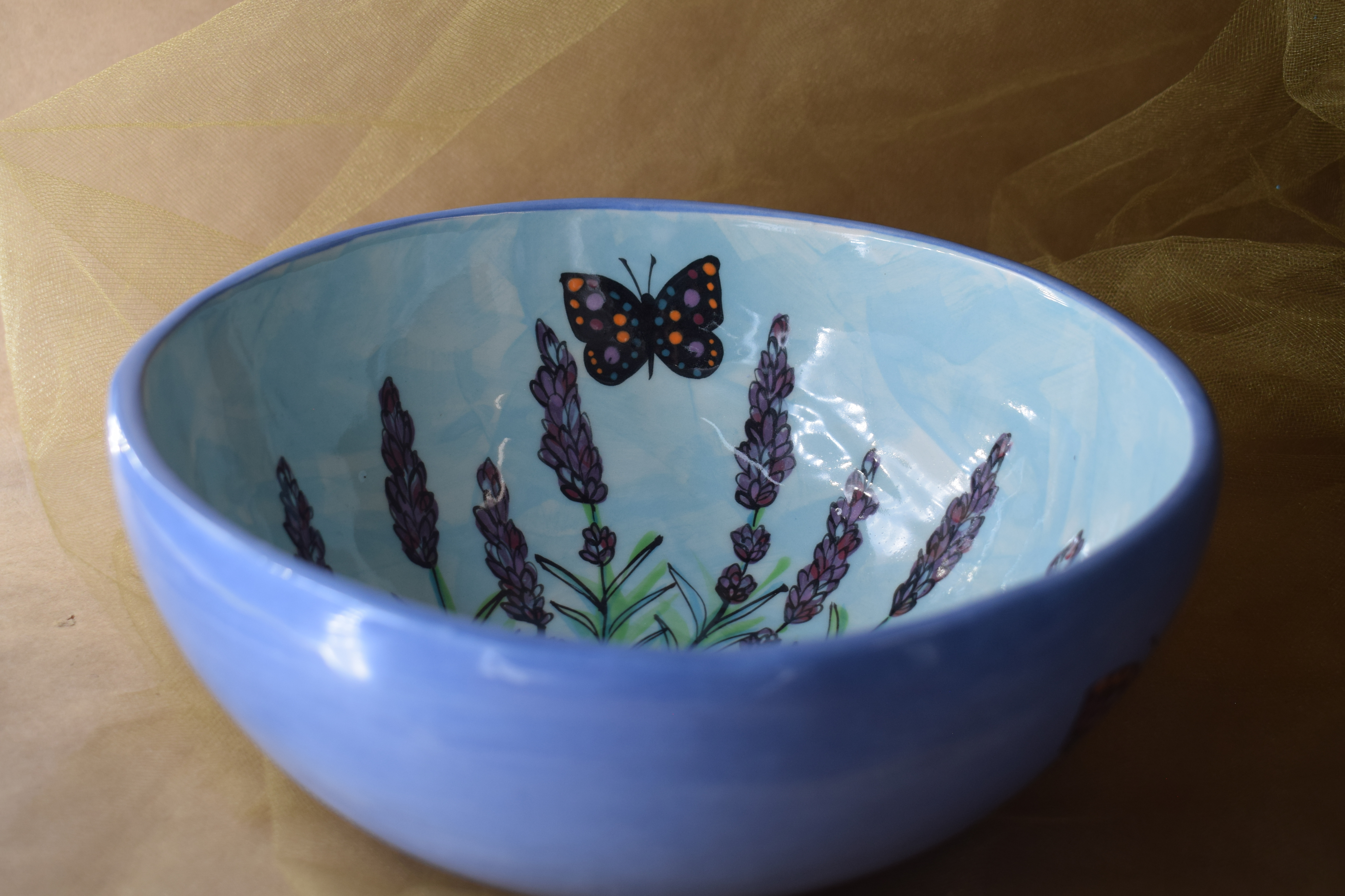 "(MB24-EL) 8"" Medium Bowl- English Lavender"