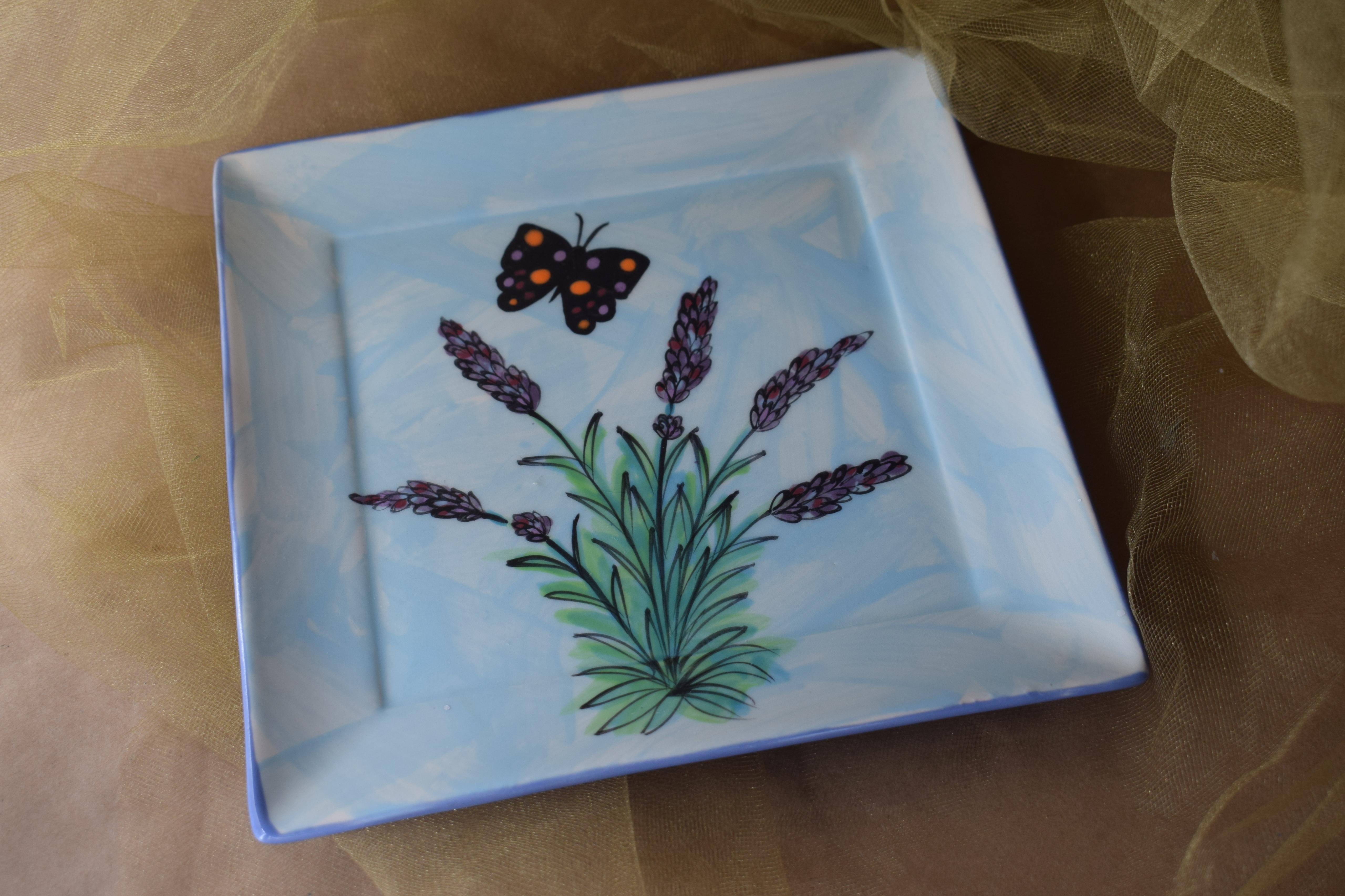 "(NSP08-EL) 8"" Square Plate- English Lavender"