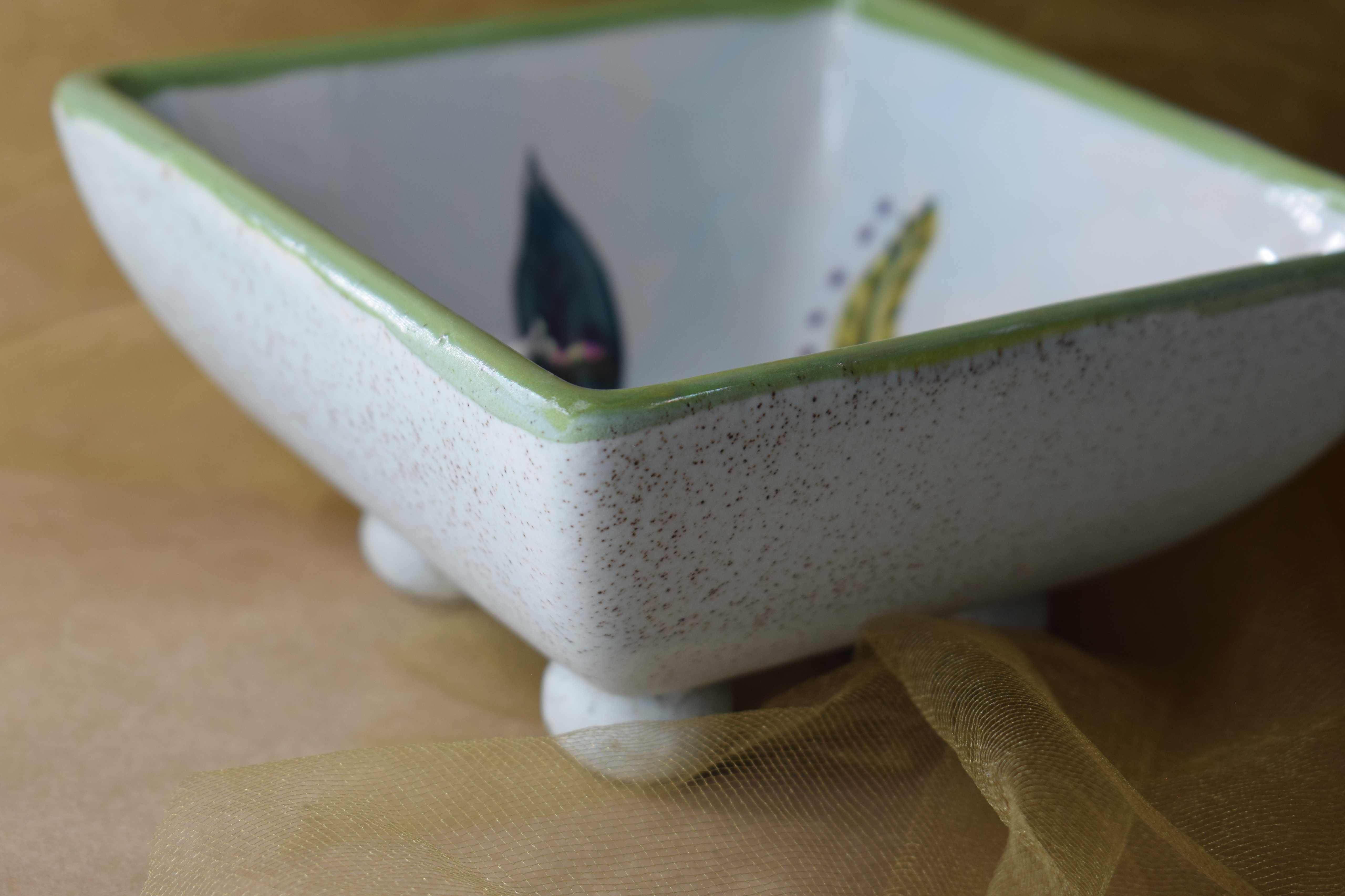 "(FFSB05-JF) 5"" Square Footed Bowl- Jenna Floral"