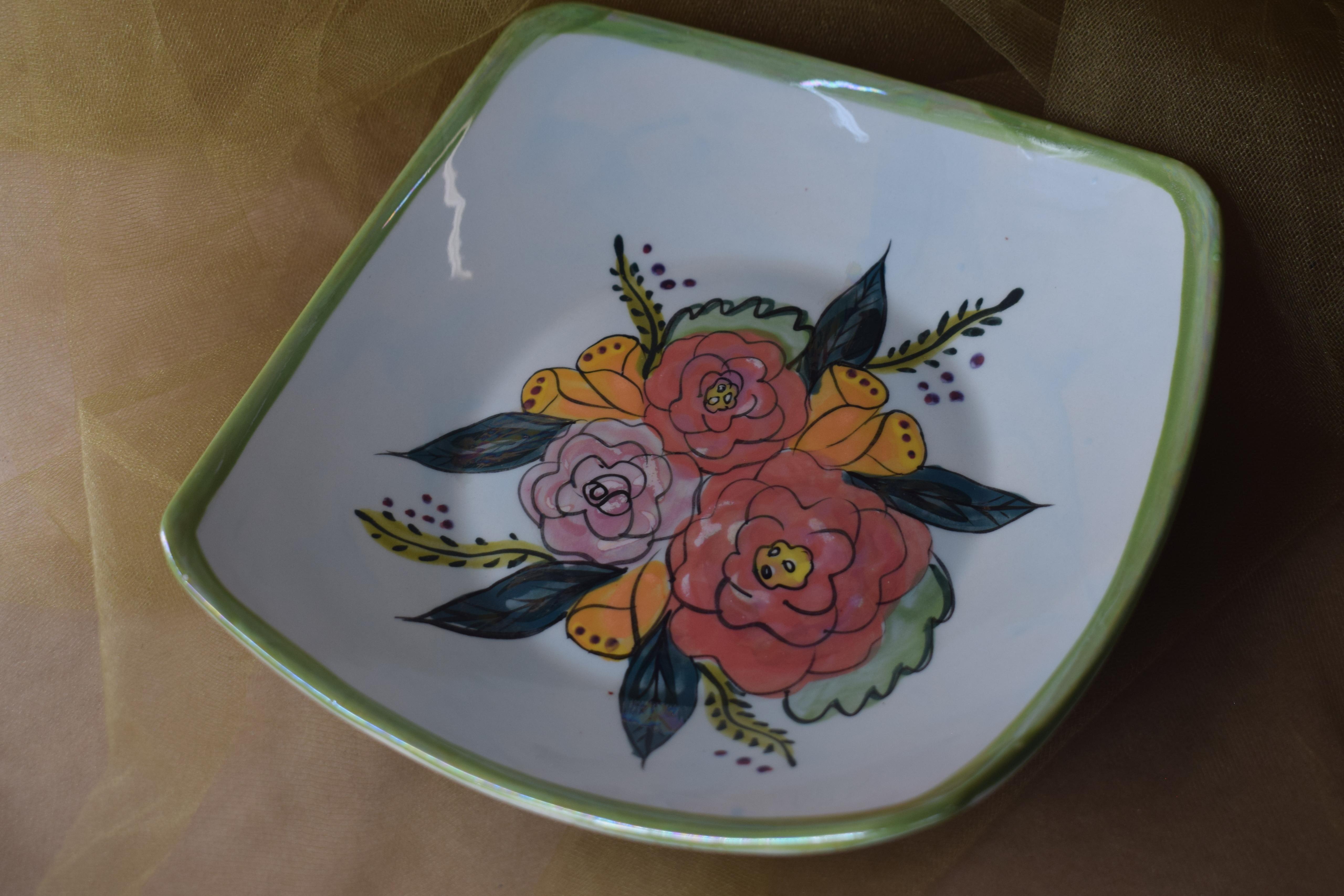 "(PCB08-JF) 8"" Pointed Corner Bowl- Jenna Floral"