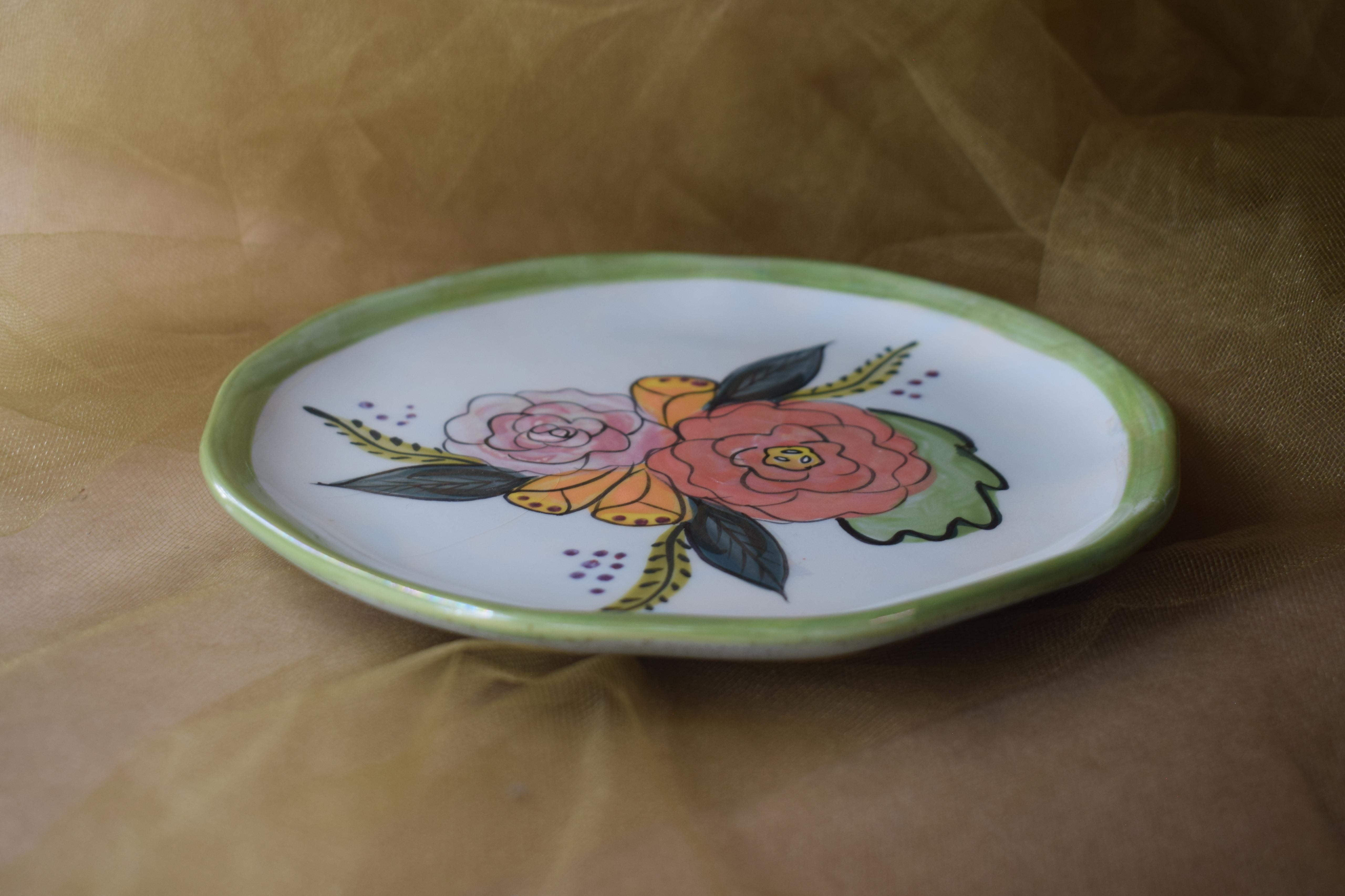 "(MP08-JF) 8"" Edged Dinner Plate- Jenna Floral"