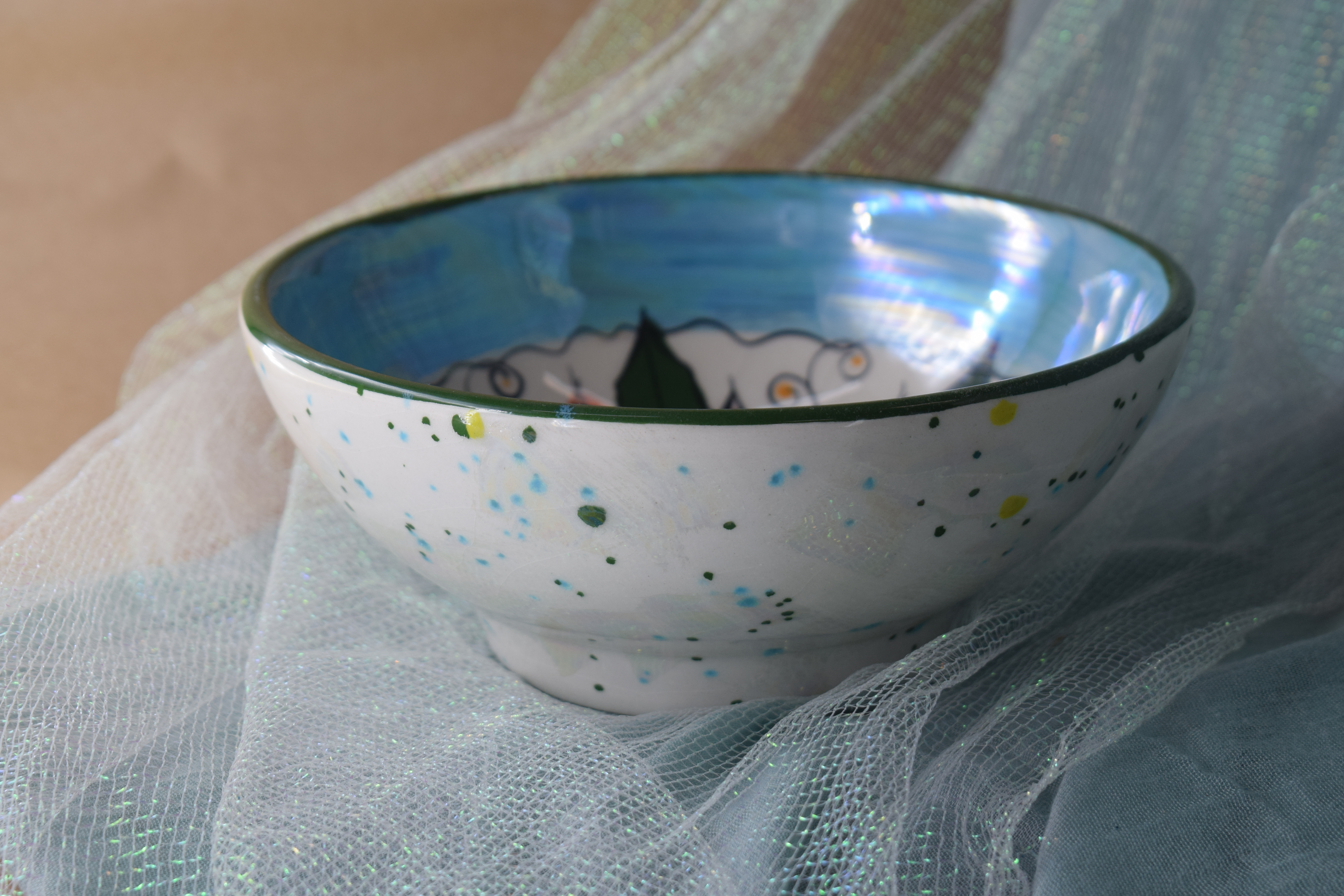 """(FRB7-PTC) 7"""" Footed Round Bowl- Poinsettia"""