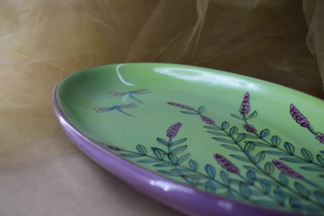 "(OP12-GLD) 12"" Oval Platter- Green Lavender with Dragonfly"