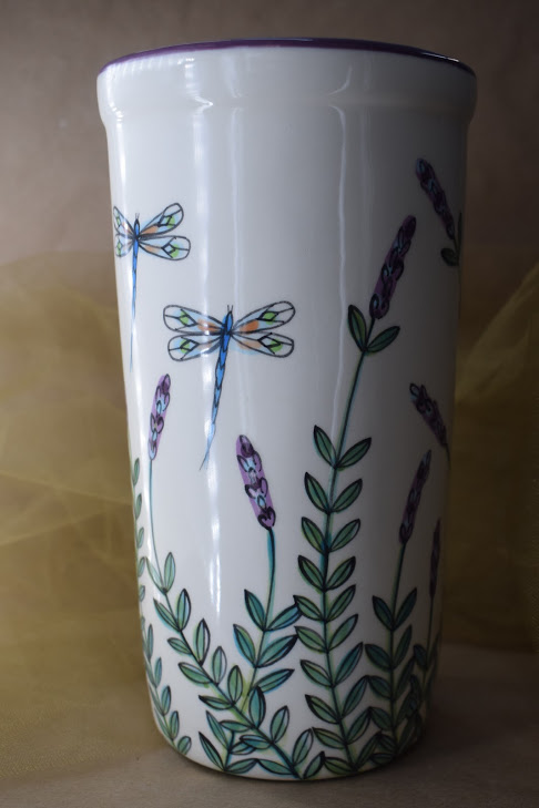 "(WS10-WLD) 10"" Wine Sleeve- White Lavender with Dragonfly"