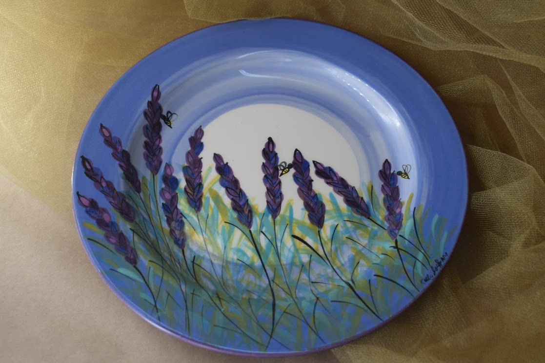 "(DP08-LM) 8"" Dinner Plate- Lavender Moon"