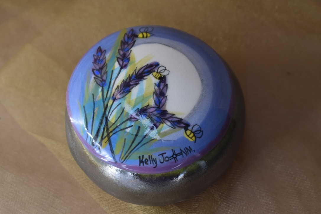"(RB00-LM) 3"" Round Box- Lavender Moon"