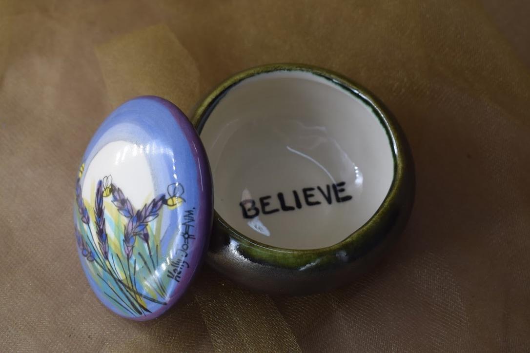 "(RB00-LM) 3"" Round Box- Lavender Moon"