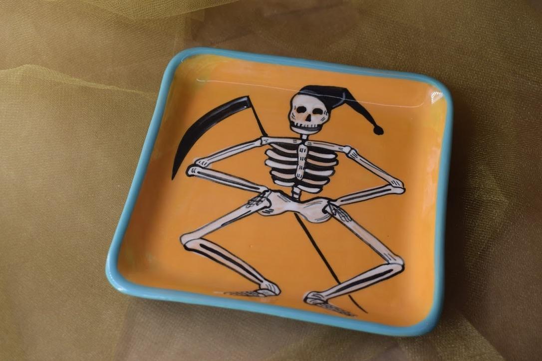 "(SP08-CALAVERAR) 6"" Square Plate- Calavera Reaper"