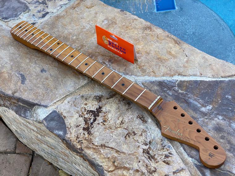 "Real Life Relics #2 Fender® Roasted Maple Vintera® Mod 50's Stratocaster® Neck 21 Medium Jumbo Frets 9.5"" ""V"" Shape 0999962920"