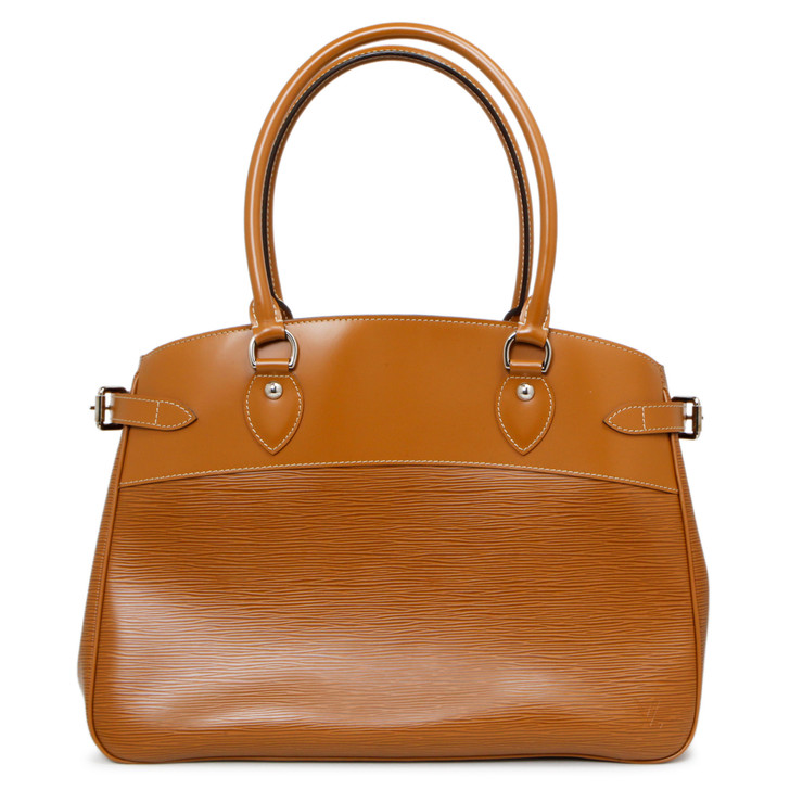 Louis Vuitton Cannelle Epi Passy GM