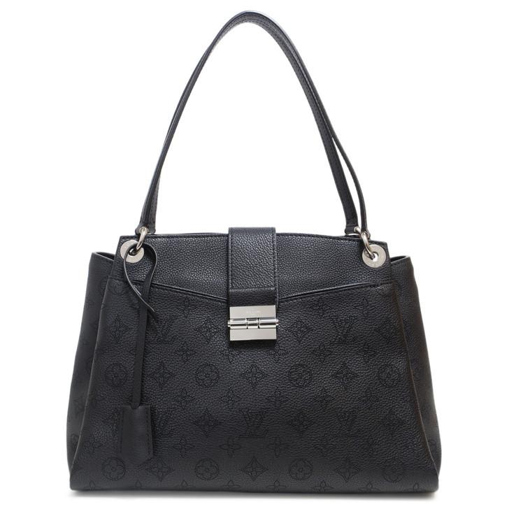 Louis Vuitton Noir Mahina Leather Sevres Bag