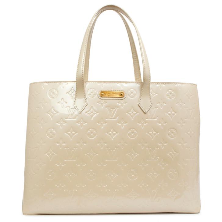 Louis Vuitton Blanc Corail Vernis Wilshire MM